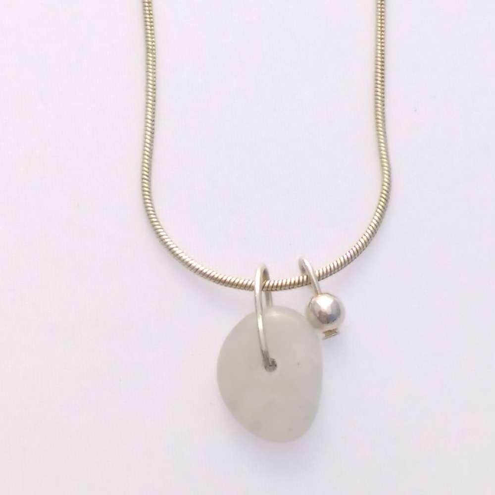 ketting kort zilver edelsteen maansteen