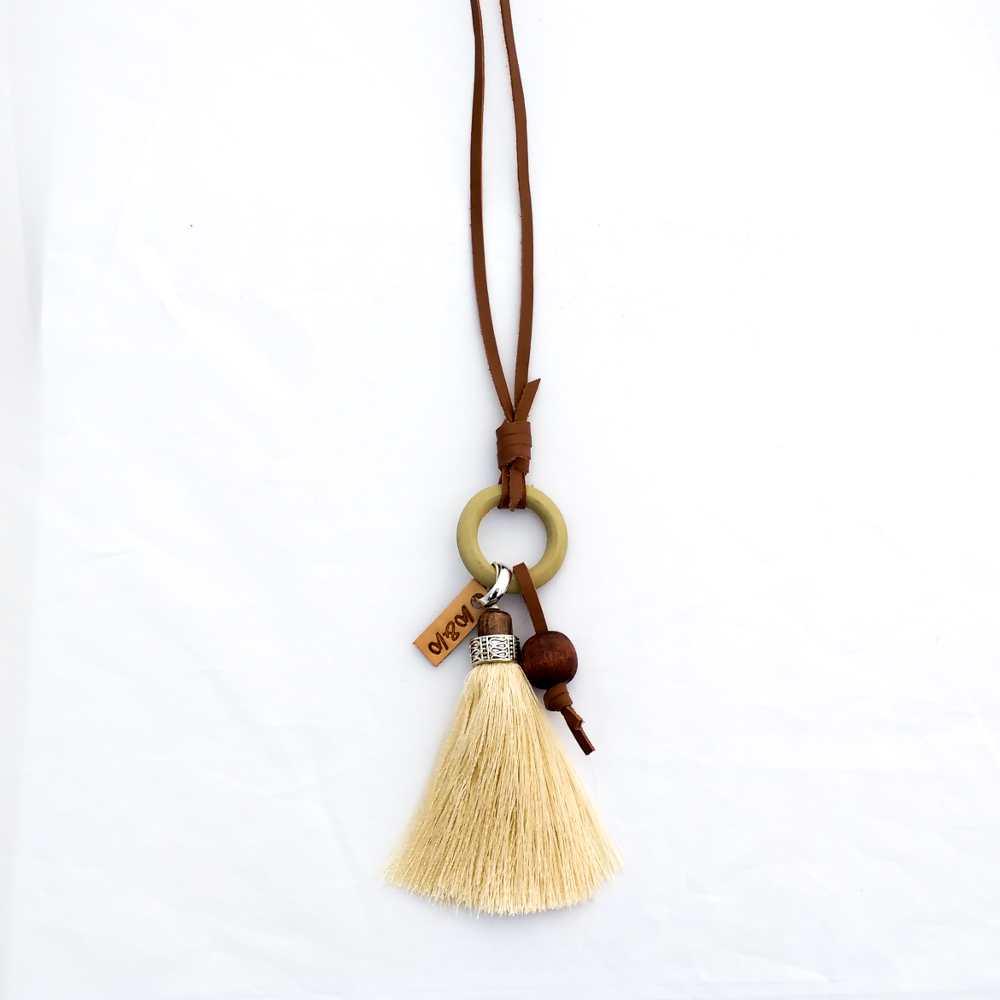 ketting leer kwast zijde kraal hout