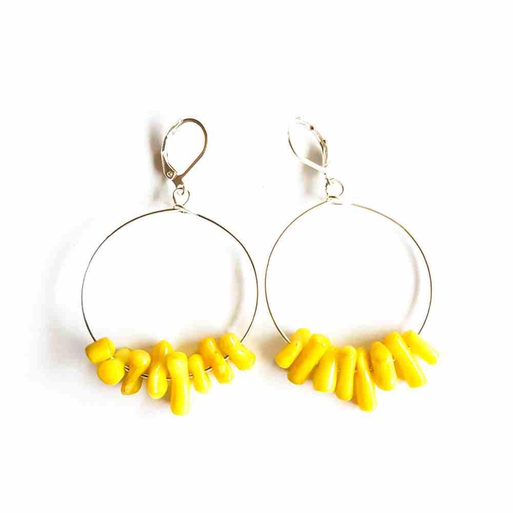 oorbellen koraal geel handmade